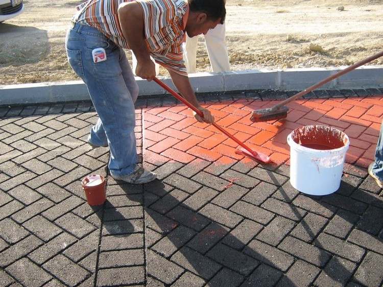 ISONEM ASPHALT PAINT Application Photos