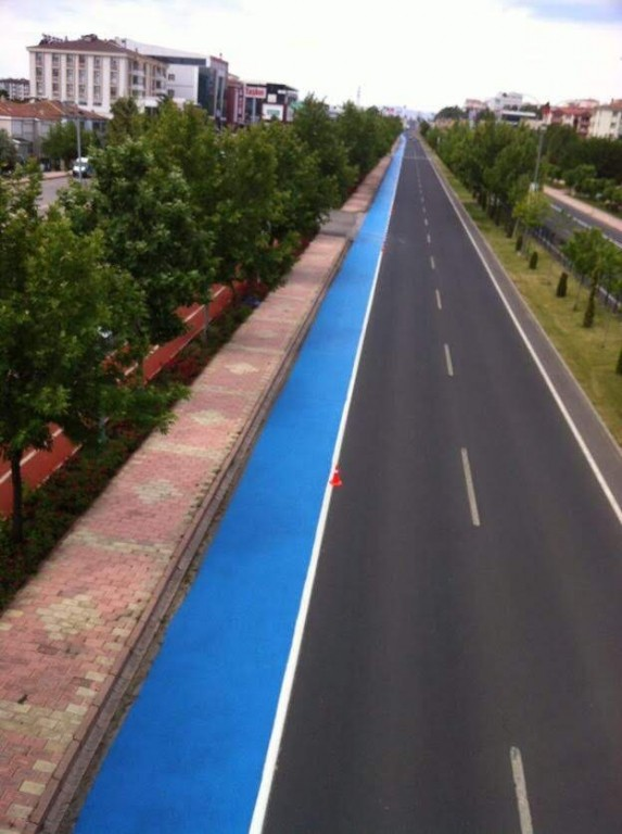 ISONEM ASPHALT PAINT Photos d'application